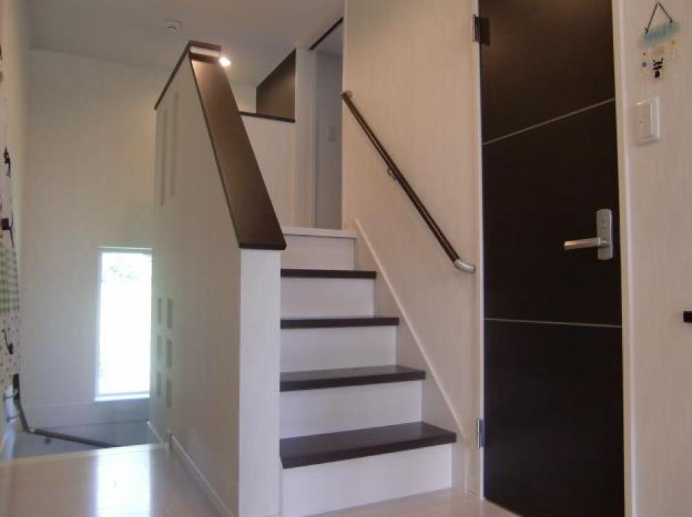 - 2階ホールからさらに階段をあがると・・・そこは・・・ -  -